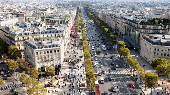 Av. des Champs-Élysées - Paris 8